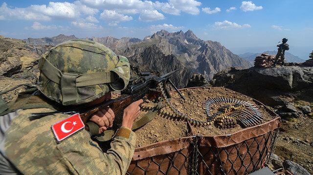 İçişleri Bakanlığı: Diyarbakır'da 3 terörist etkisiz hale getirildi