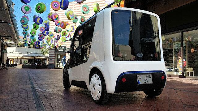 TÜBİTAK'tan destek alan firma, yaklaşık 2 yıllık tasarım ve mühendislik çalışması sonucu ECOMOD ismini verdiği elektrikli mini otomobilin prototipini üretti.