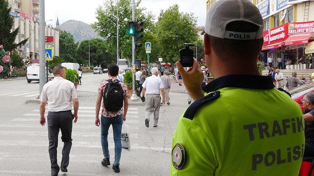 Polis her birini tek tek böyle tespit etti: Toplam bin 645 TL ceza yazıldı