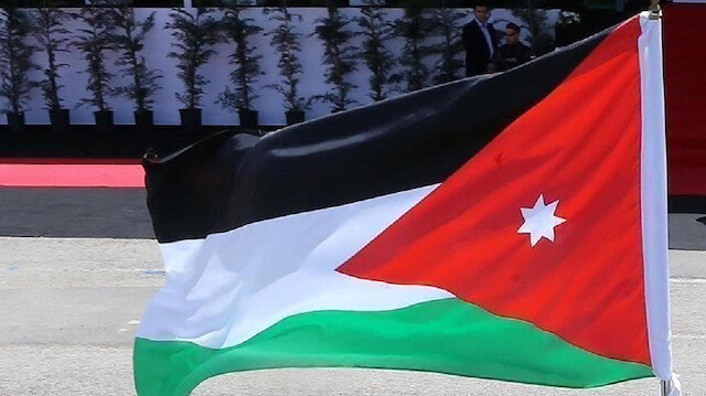 حافلات تركية-أردنية تقفز بقطاع المواصلات في المملكة