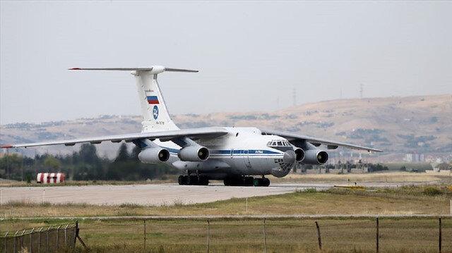 الطائرة الـ14 من معدات