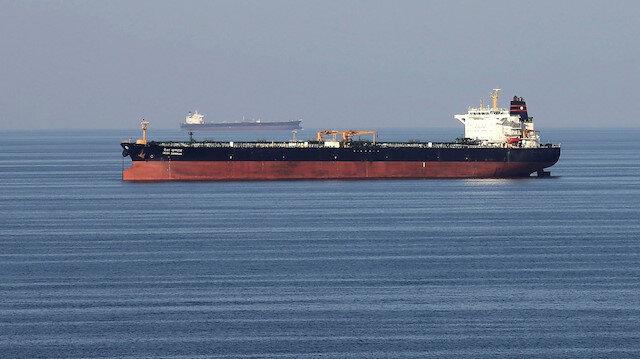 İran Hürmüz'de yabancı petrol tankerine el koydu