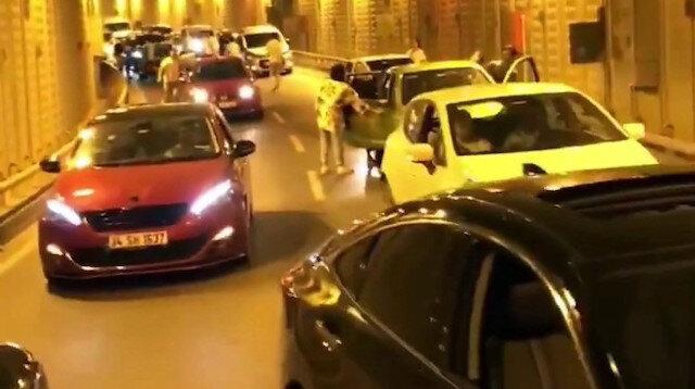 İstanbul'da şaşkına çeviren görüntü: Tüneli kapatıp terör estirdiler