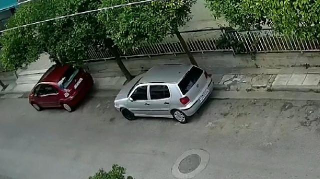 Yunanistan'da 5.3 büyüklüğünde deprem kamerada