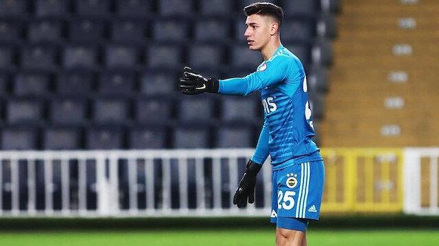 Fenerbahçe Berke Özer'i Belçika'ya gönderdi
