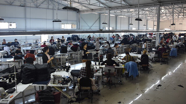 Silopi'de kurulan tekstil fabrikası.