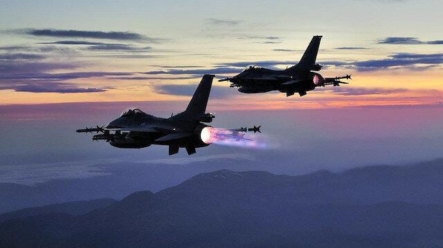 PKK'ya havadan bombardıman: 2 terörist etkisizleştirildi