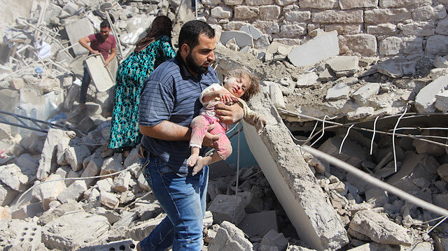 Esed ve Rusya İdlib'e saldırmaya devam ediyor: Ölü sayısı 17 oldu