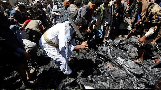 Yemen rebels claim drone attacks on Saudi airbase