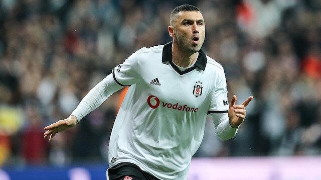 Burak Yılmaz, geride bıraktığımız sezon siyah-beyazlı formayla ligde 11 gol attı.