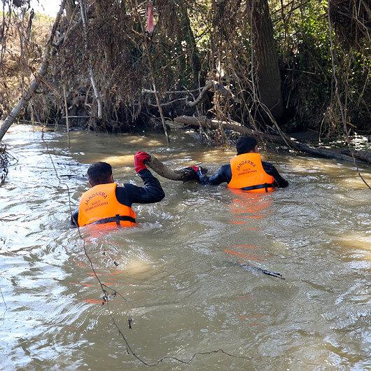 Düzce'deki selde kaybolan 2 çocuğun aramasına ara verildi