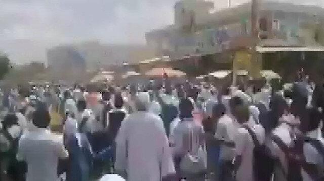 Sudanda darbeci keskin nişancılar 5 kişiyi öldürdü