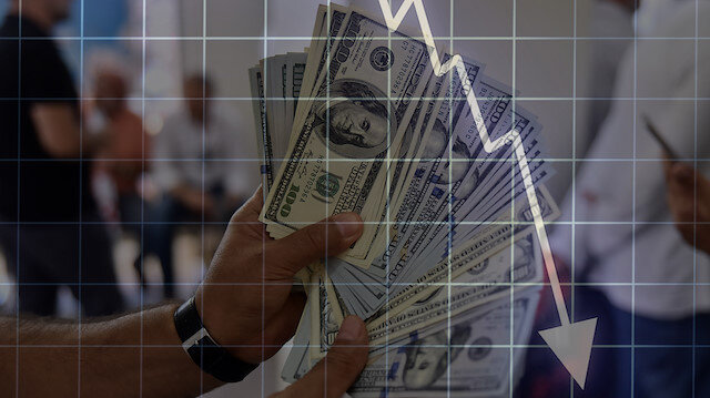 Dolar hızla düşüyor: 5,60'ın altını gördü