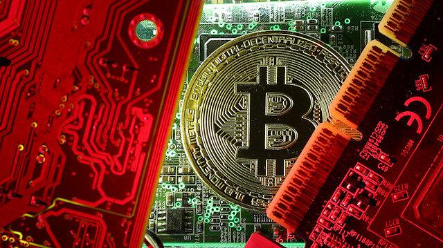 CCID verilerine göre piyasanın en yüksek hacimli sekizinci kripto para birimi EOS sıralamanın zirvesinde yer almaya devam ediyor.