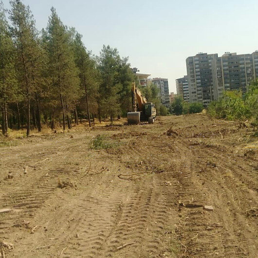 HDP'li belediyenin ağaç kesimine büyük tepki