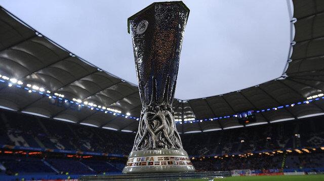 UEFA Şampiyonlar Ligi ve UEFA Avrupa Ligi'nde grup maçları öncesi son eleme aşaması play-off turunun kura çekimi yarın yapılacak.