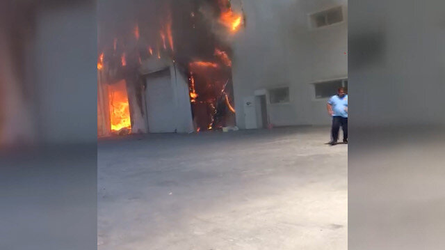 Ankarada gıda deposunda yangın meydana geldi