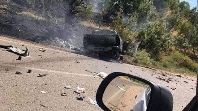 PKK'lı teröristler, araçla hareket halindeyken vuruldu.