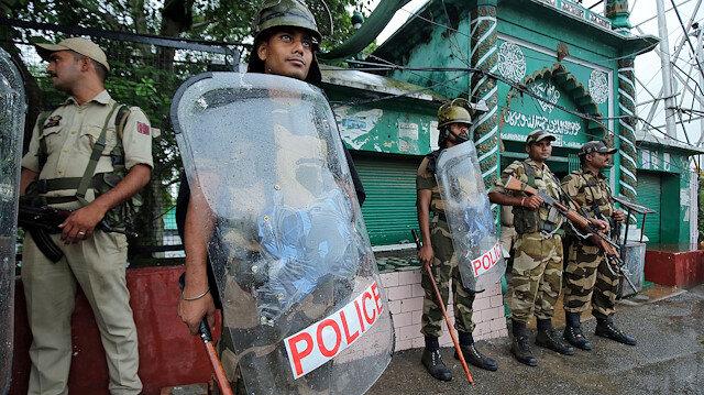 Cammu Keşmir'de gazetecilere engel