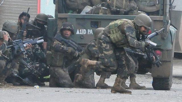 Çatışma, 3 isyancı ve bir asker hayatını kaybetti, 2 asker yaralandı.