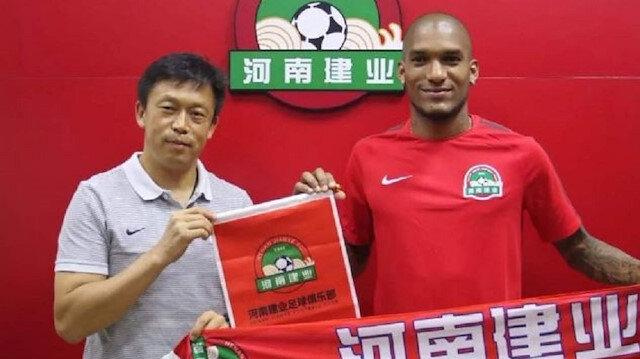 Göztepe'ye Çin'den golcü