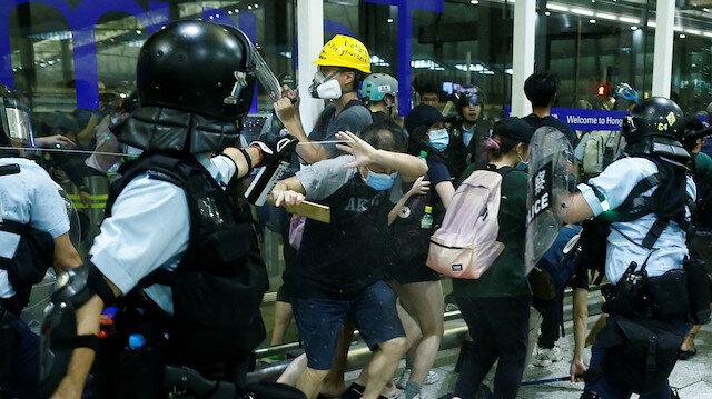 Hong Kong'da gerilim artıyor: Çatışma çıktı