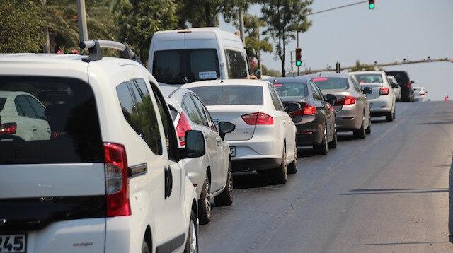 Bodrum'da tatilciler uzun trafik kuyruğu oluşturdu.