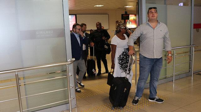 Daniel Sturridge'in ailesi bordo-mavili ekiple görüşmek üzere, Trabzon'a geldi.