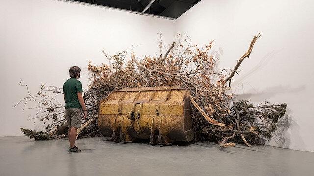 """""""Yedinci Kıta"""" başlığıyla düzenlenen 16. İstanbul Bienali, 26 ülkeden 50'den fazla sanatçıyı ağırlayacak."""