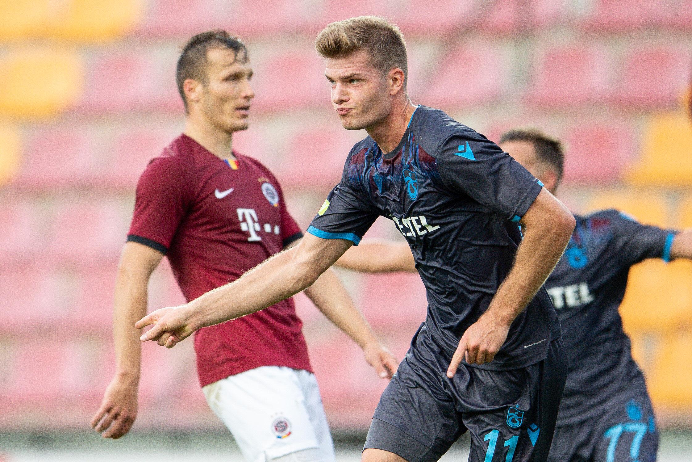 Trabzonspor Alexander Sörloth'u 2+2 yıllığına kiralamıştı.