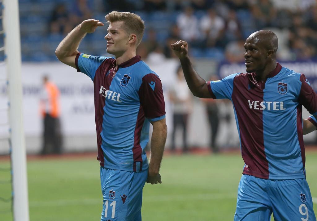 Trabzonspor'un yeni transferi Sörloth, bordo mavili formayla çıktığı 3 maçta 3 gol attı.