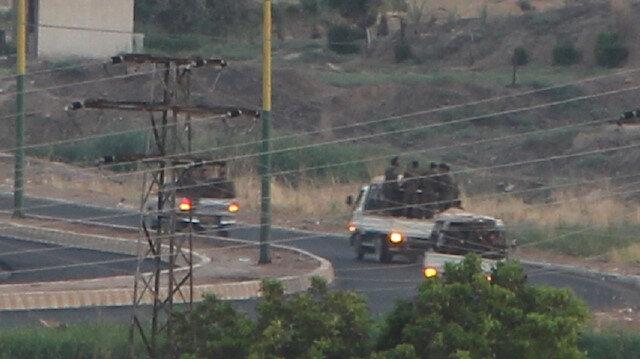 Teröristlerle dolu kamyonlar, Türkiye sınırına yakın bölgeden geçti.