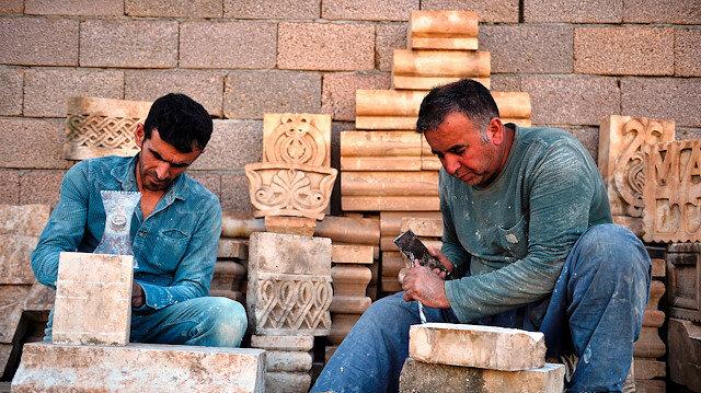 """""""أحجار ماردين"""" التركية.. من المناجم إلى قصور العالم"""