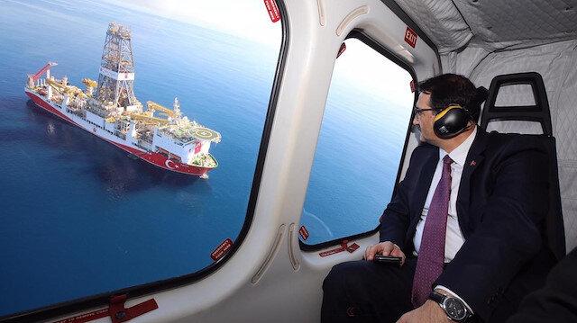 Enerji Bakanı Fatih Dönmez, Doğu Akdeniz'deki çalışmaları havadan izledi.