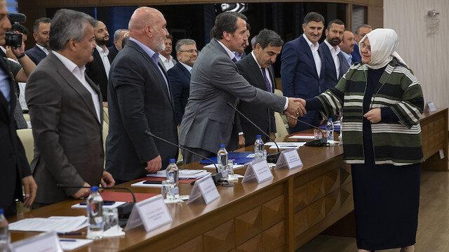 Hükümet ve Memur-Sen zam pazarlığı bağlamında bu güne kadar 4 toplantı yaptı.