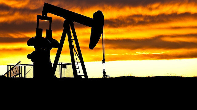 Brent petrolün varil fiyatı 60,04 dolardan işlem görüyor.
