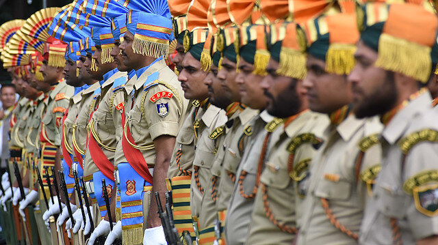 Hindistan, Cammu Keşmir'e ayrıcalık tanıyan anayasanın 370'inci maddesini 5 Ağustos'ta iptal ederek bölgenin özel statülü yapısını ortadan kaldırdı.