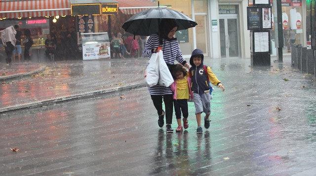 Meteoroloji'den son dakika uyarısı: Öğle saatlerine dikkat