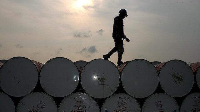 Ham petrol stokları bir önceki hafta 1,6 milyon varil artış kaydetmişti.