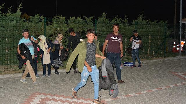 ضبط 165 مهاجرا غير نظامي غربي تركيا