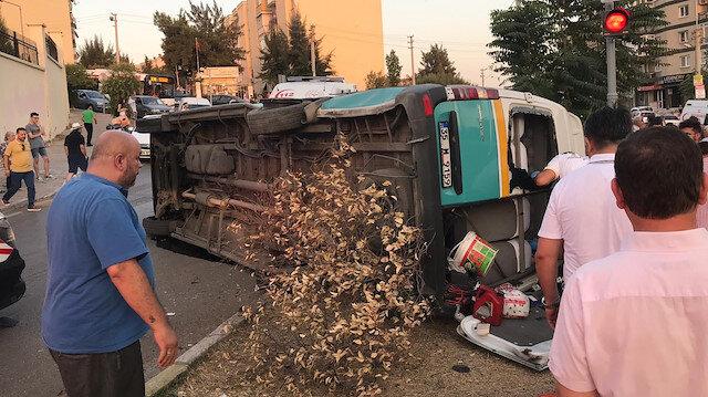 İzmirde feci kaza: 1 ölü 8 yaralı
