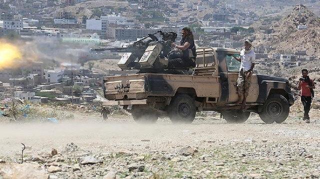 """القوات اليمنية تواصل التقدم في شبوة و""""الانتقالي"""" يرسل تعزيزات من عدن"""