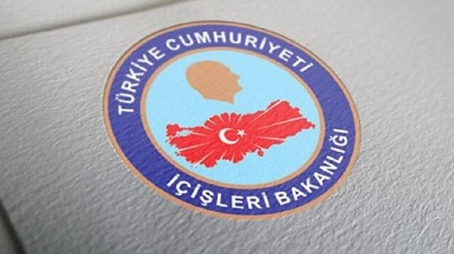 İçişleri Bakanlığınca alınan kararla Van'ın Tuşba, Edremit ve Çaldıran belediyelerinin HDP'li 8 meclis üyesi görevden alındı.