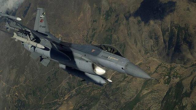 المقاتلات التركية تحيد 4 إرهابيين شمالي العراق
