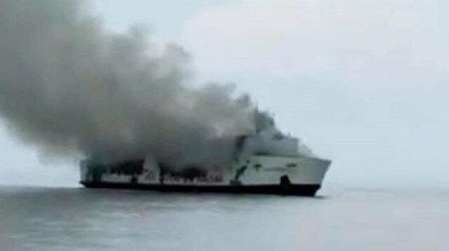 Yolcu gemisinde yangın faciası