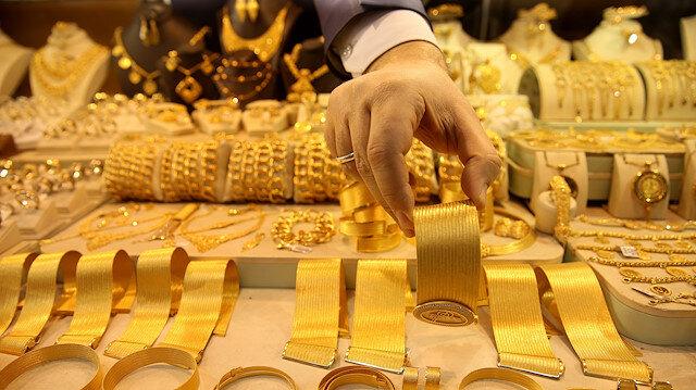 Altın fiyatlarındaki yükseliş sürüyor.