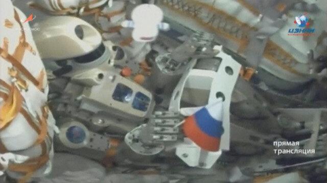 Skybot F-850 model insansı robot.