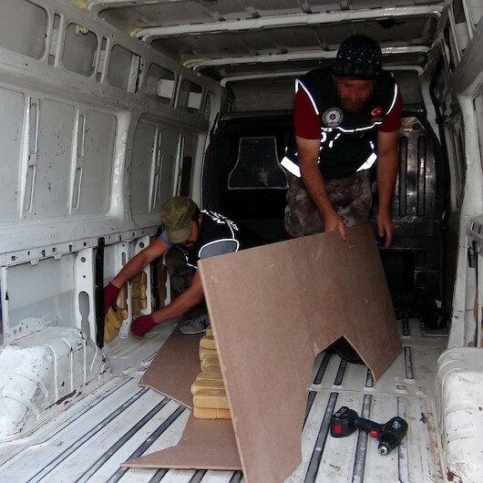 Erzurum'da 1 milyon lira değerinde 61,5 kilo eroin ele geçirildi
