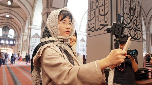 Güney Kore'den Bursa'ya gelen Youtuber Wonji Lee şehri gezdi.