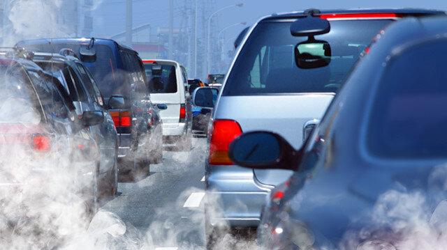 Egzoz gazı emisyon ölçümü yaptırmayan 1 milyon 931 bin 125 araç sahibi uyarılacak.